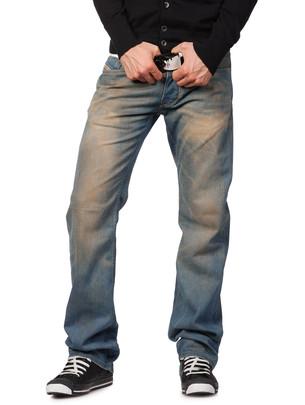 Diesel Online Store - LARKEE 8RG - Jeans from store.diesel.com