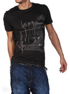 أحلى ملابس رجال صيف وربيع 48014362DB_me3_1.jpg